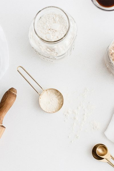 Organizing your pantry doesn't have to be a difficult task. Here is how to organize your pantry like a professional without spending days cleaning.