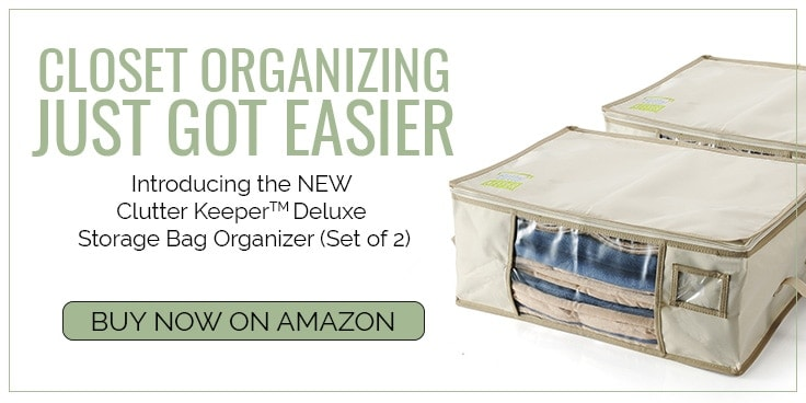 Are out of season blankets and clothes taking up valuable storage space in your closet? Get organized with the Clutter Keeper Deluxe Storage Bag Organizer.