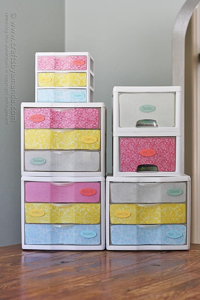 Decorate and label plastic drawers to organize accessories