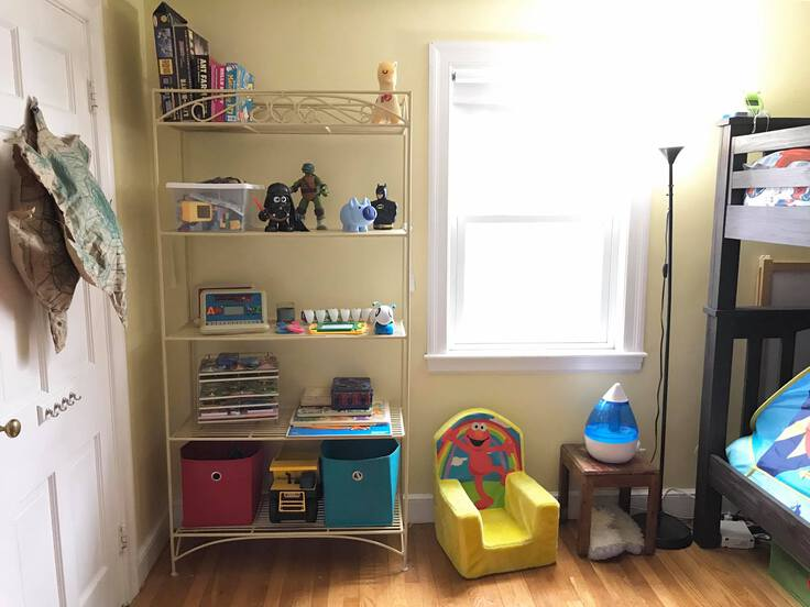 A perfectly organized child's room by Jennifer Ferrari of The Chaos Boss.
