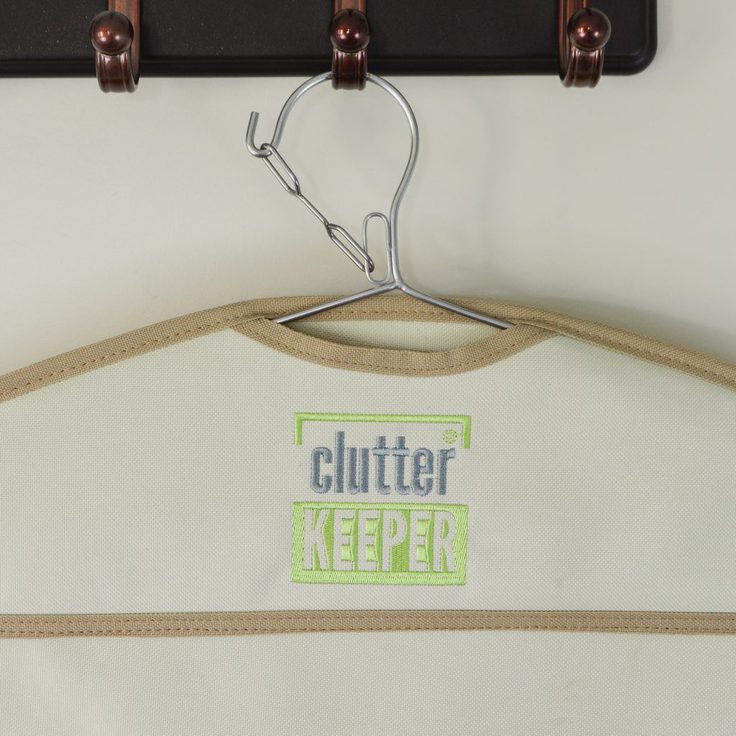 Close up of the safety latch on the hanger of a Clutter Keeper hanging organizer