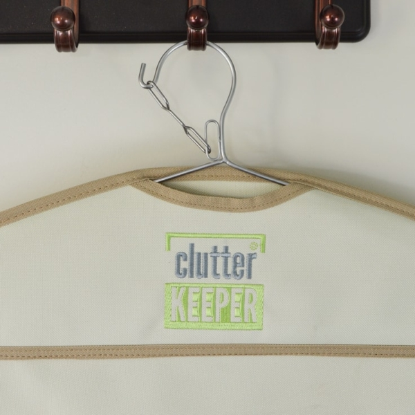 Close up of the safety latch on the hanger of a Clutter Keeper® hanging organizer